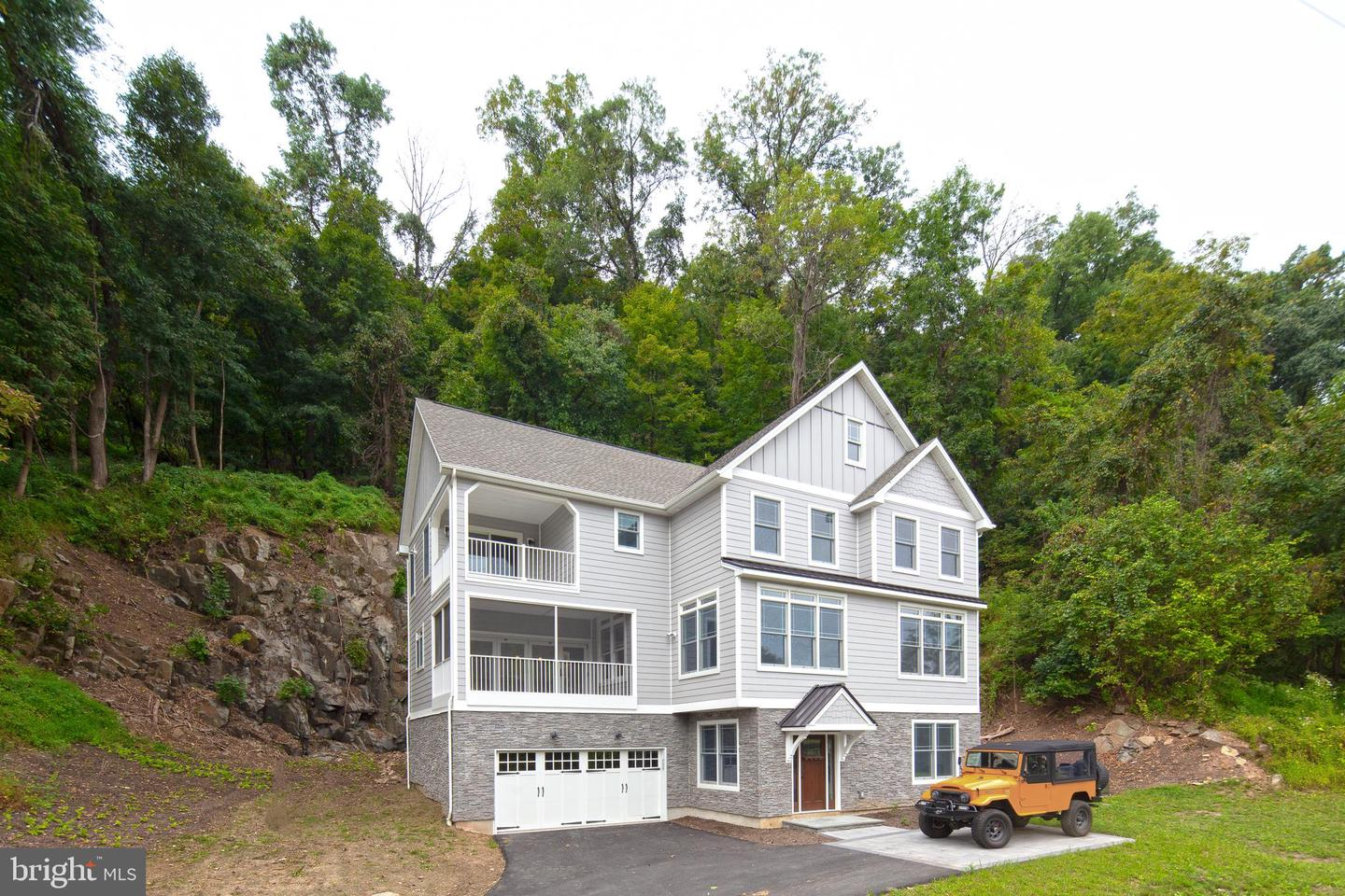 1855 River Road New Hope, PA 18938