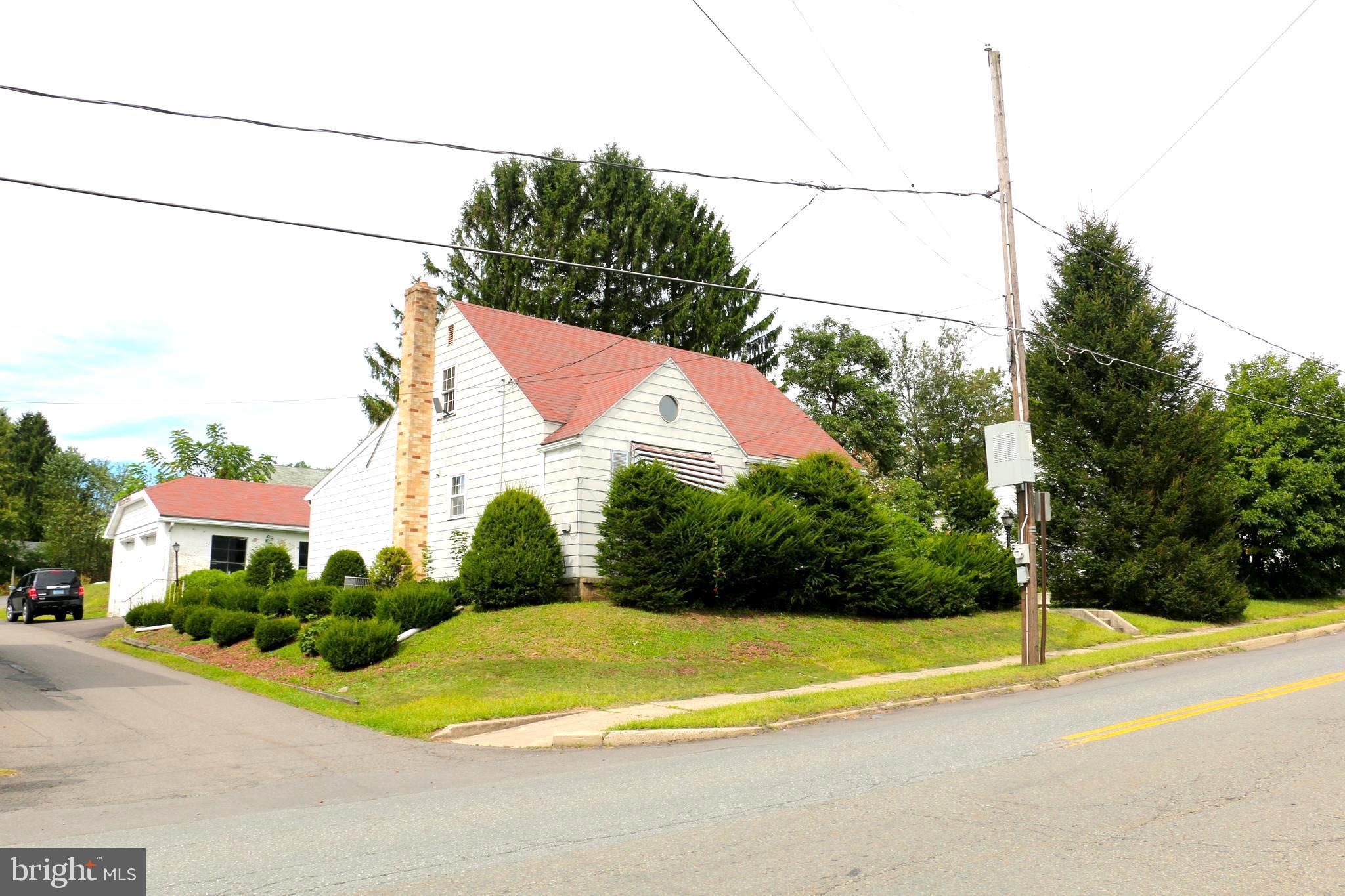 417 OAK STREET, FRACKVILLE, PA 17931