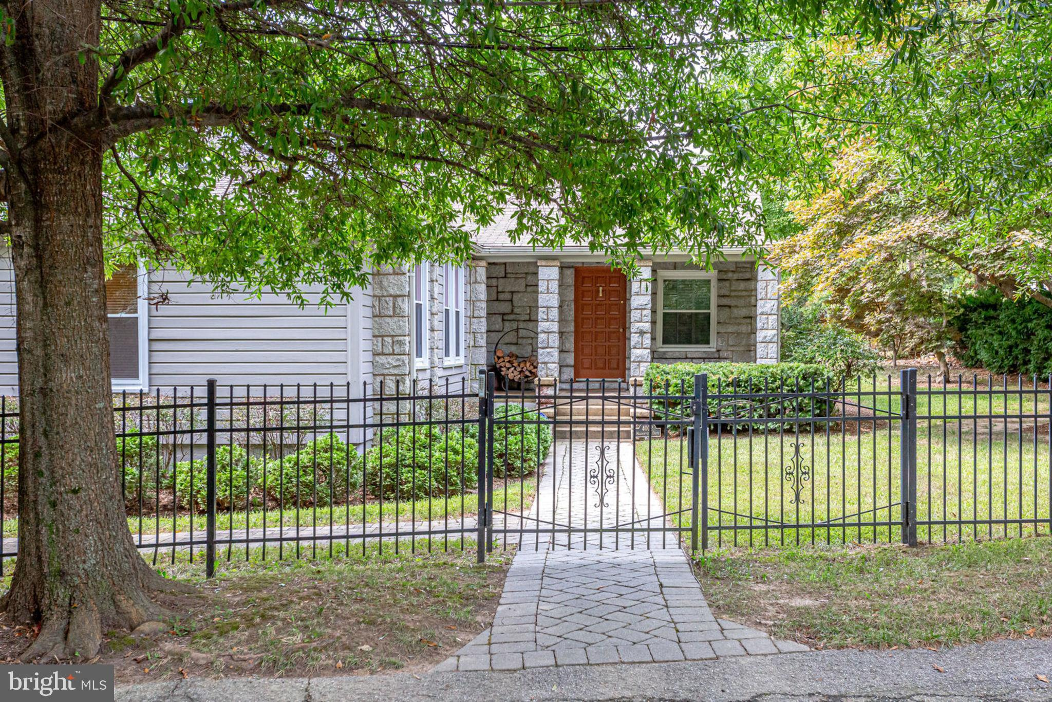 4002 MEADOWVIEW DRIVE, SUITLAND, MD 20746