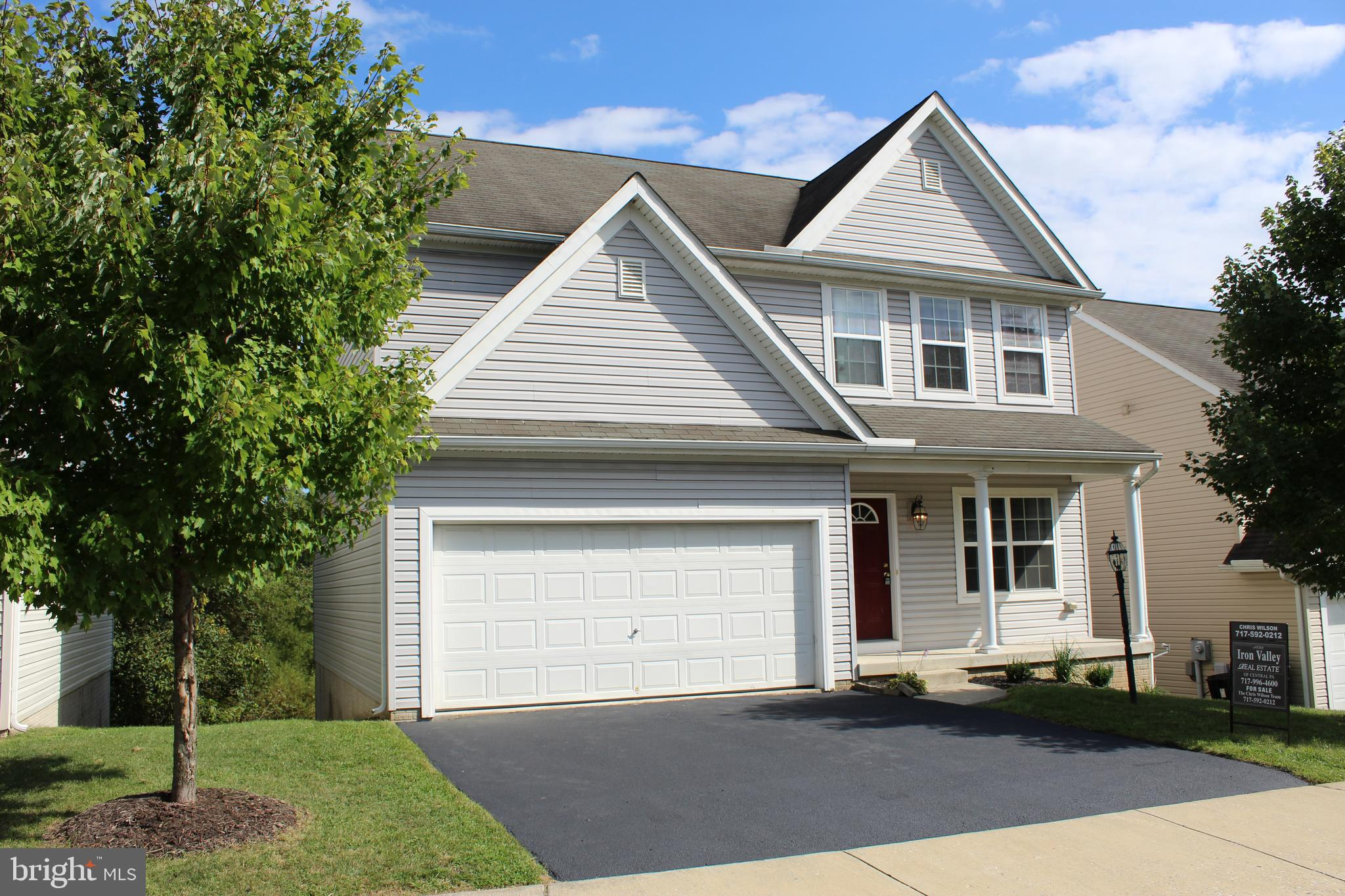 16 BARBERRY COURT, MANCHESTER, PA 17345