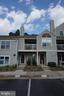 5835 Orchard Hill Ct