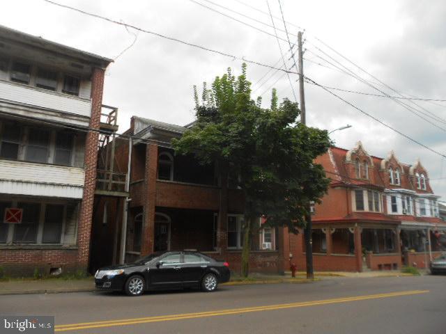 52 EAST SUNBURY STREET, SHAMOKIN, PA 17872
