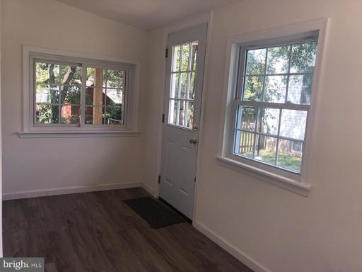 4104 Maple St, Fairfax 22030