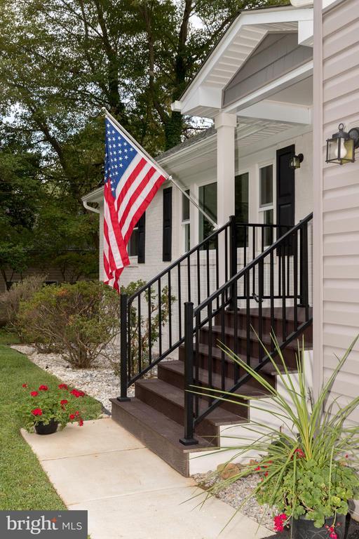 5201 Mount Vernon Memorial Hwy