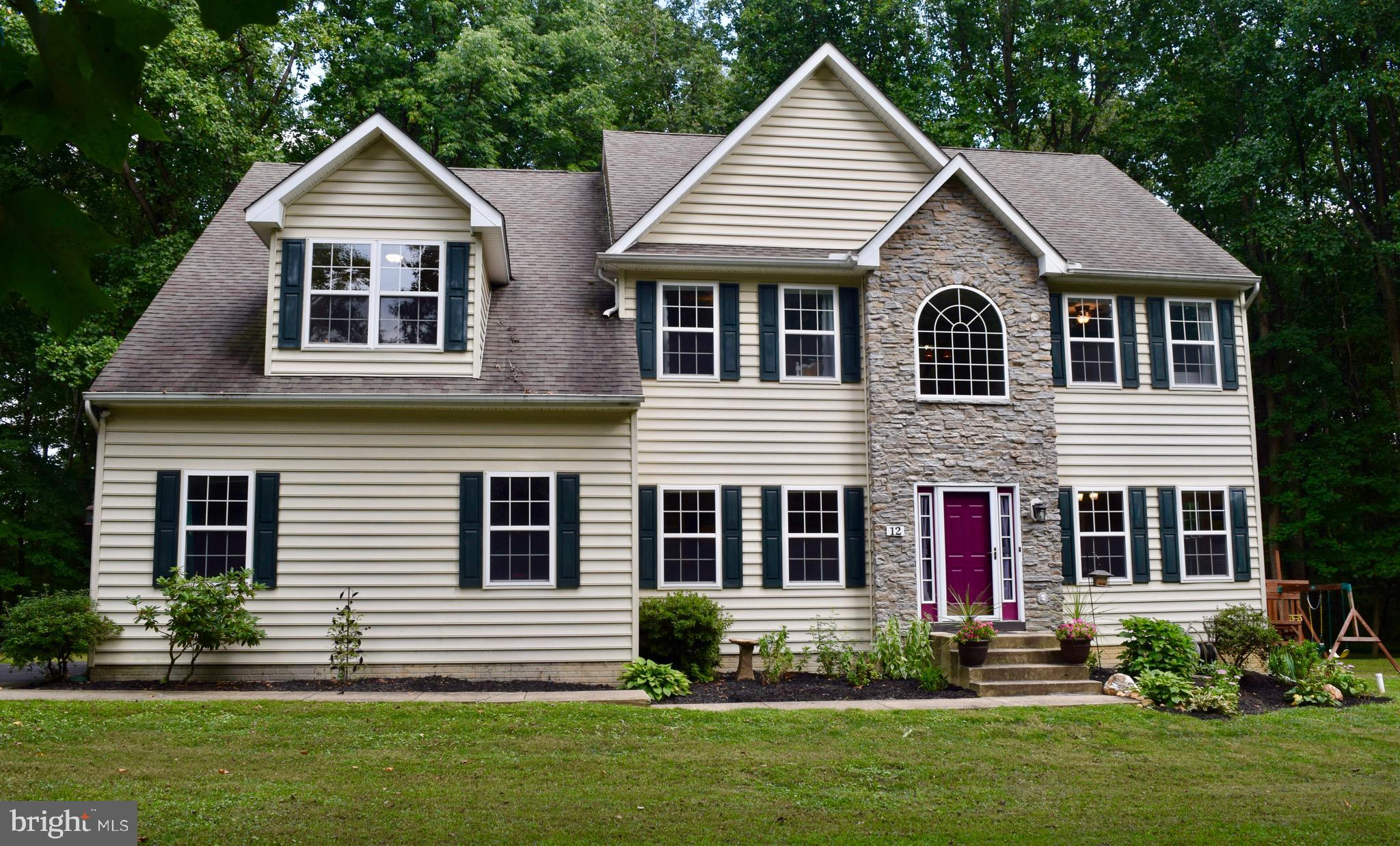 12 CANTERBURY COURT, COLORA, MD 21917