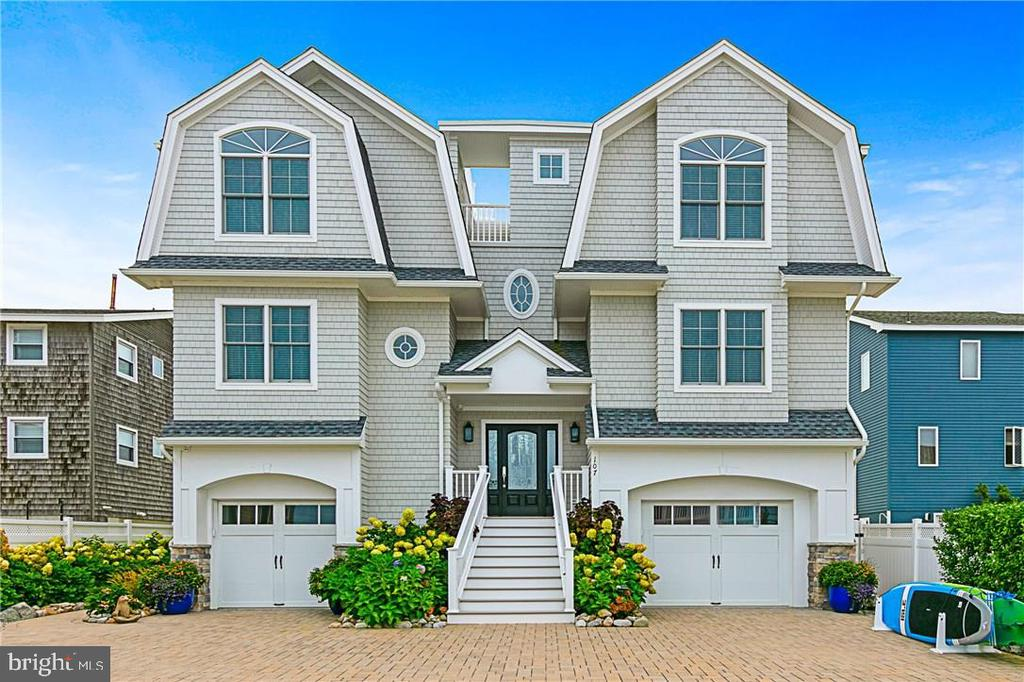 107 E JEANETTE AVENUE, Long Beach Island, New Jersey