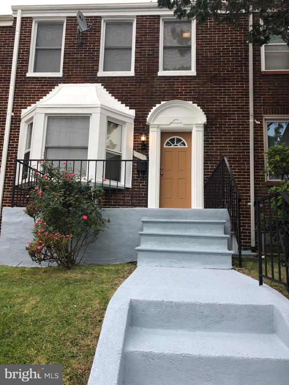 "Completely Renovated townhouse in Baltimore with 4 bedrooms and 2 full baths. Finish basement, new appliances, new carpets, and new floors. Don't miss the opportunity to won this beautiful home. Being sold ""As Is"""