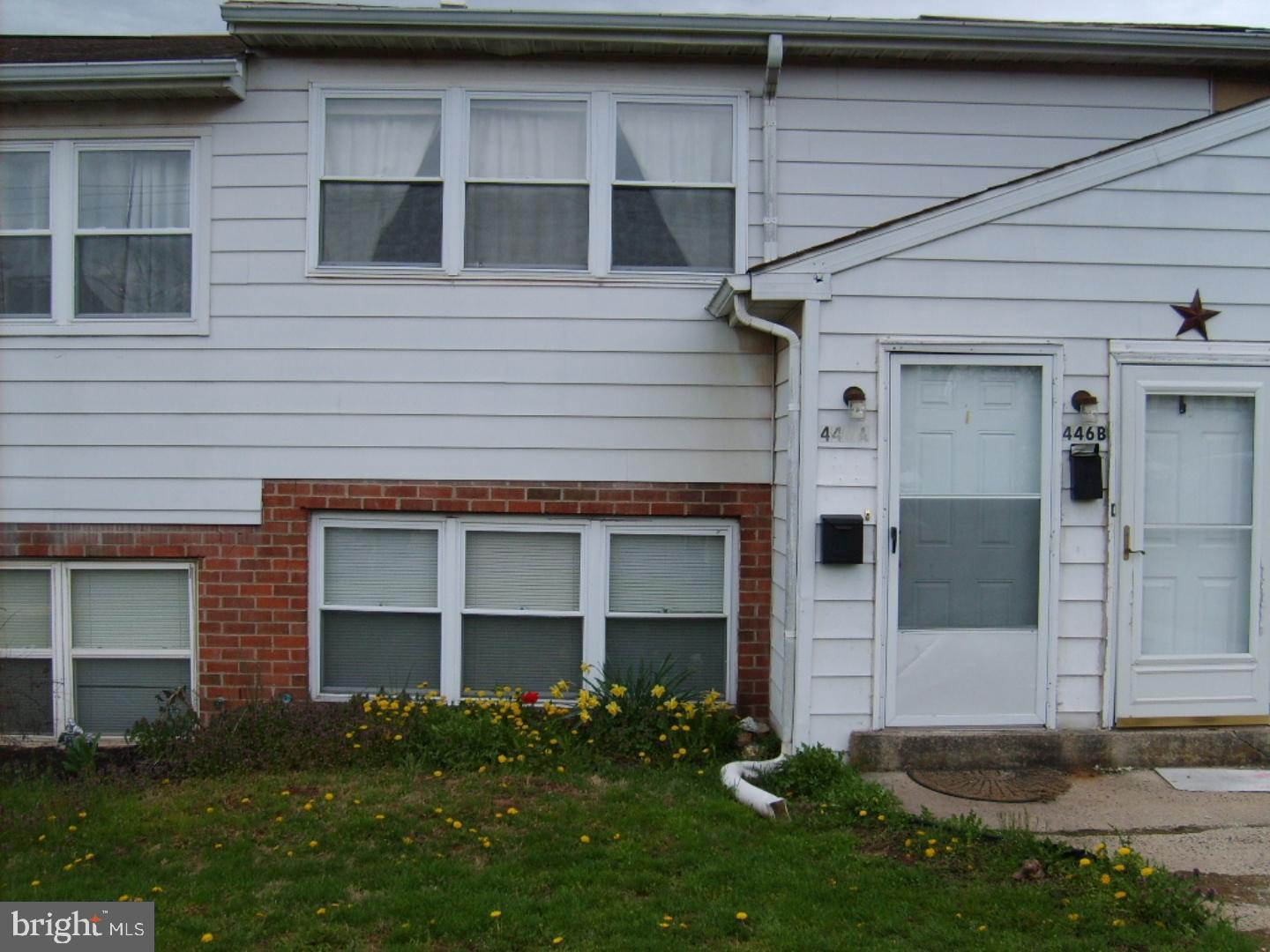 446 STATE STREET, EAST GREENVILLE, PA 18041