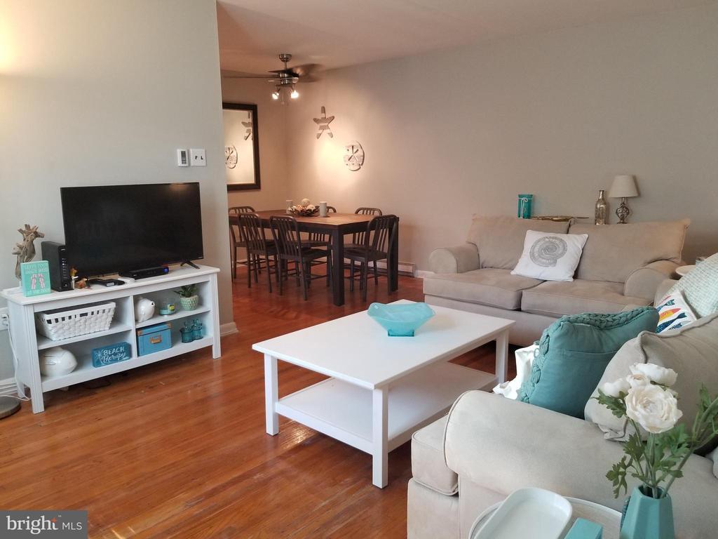 14 N SACRAMENTO AVENUE, VENTNOR CITY in ATLANTIC County, NJ 08406 Home for Sale