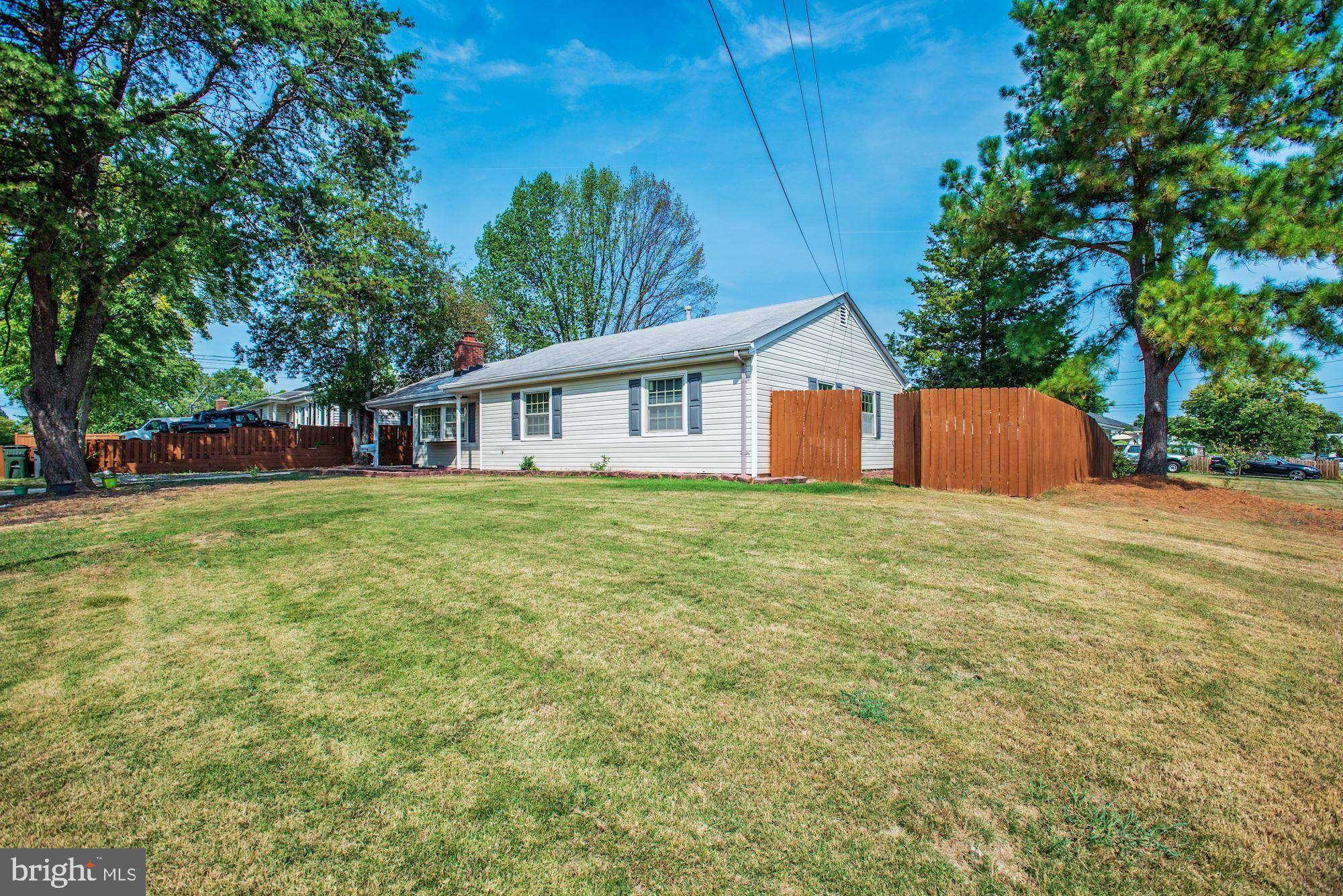 Welcome Home! One Level Living at its Best!! This 3BR, 2 full BA home with improvements is located on a huge corner lot in a quiet community. Improvements include remodeled kitchen, fresh paint throughout, and new patio in it's outside space. Terrific location - optimal for commuters as it's located less than 5 minutes away from 495/95/395. Close to Springfield Town Center, Springfield Metro, and Kingstown.