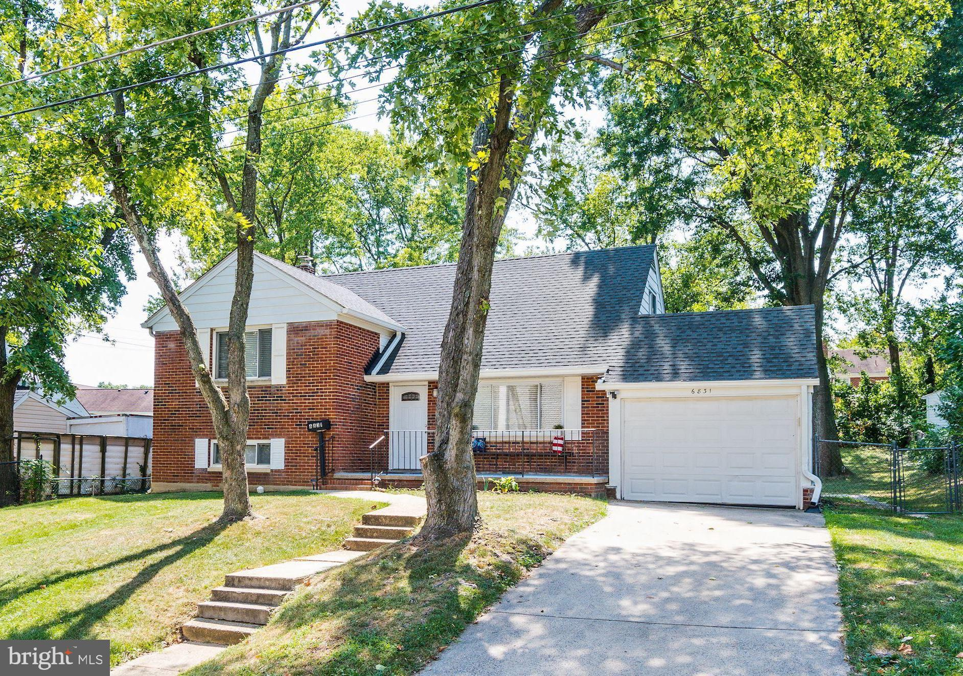 Warm and welcoming home,  Move-in ready!  Kitchen SS appliances, granite countertops, tile backsplash and tile floor. Hardwood floors on the main and upper levels.  3 bedrooms upstairs and rec room or 4th bedroom on the lower level.  Large, level fenced backyard with mature trees. An awesome location~ 2.5 Miles to the Springfield Metro, Walk to VRE,(.6 Mile) 15 minutes to the new Amazon campus, Crystal City, Fort Belvoir and the new TSA facility in Springfield.   Lake Accotink Park only 2.6 miles through the neighborhood.  See asap, It will go fast at this great price and condition.