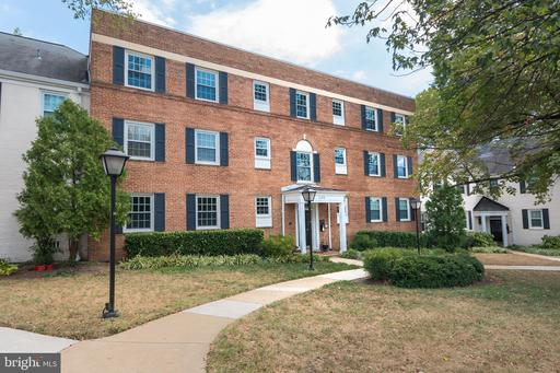 1303 S Walter Reed Dr #3101