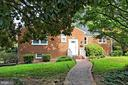 3244 Peace Valley Ln