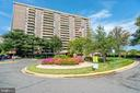 1800 Old Meadow Rd #115