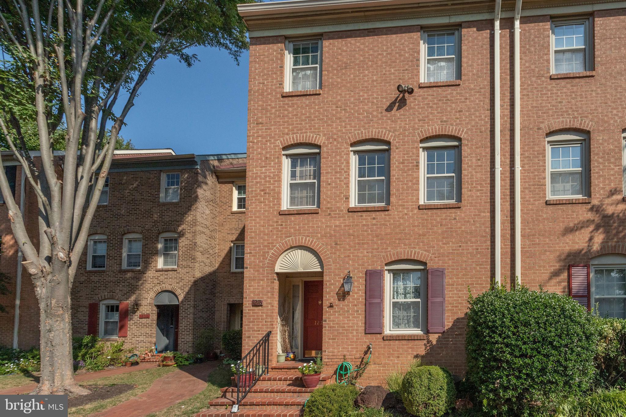 1276 S WASHINGTON STREET, FALLS CHURCH, VA 22046