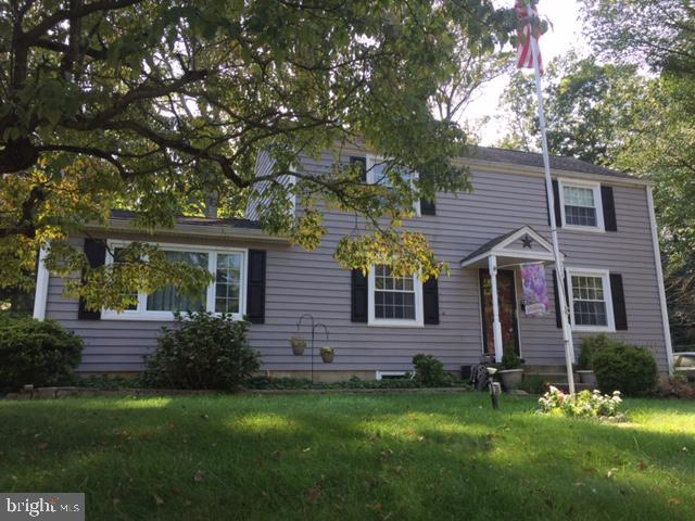 612 LAKEVUE DRIVE, WILLOW GROVE, PA 19090