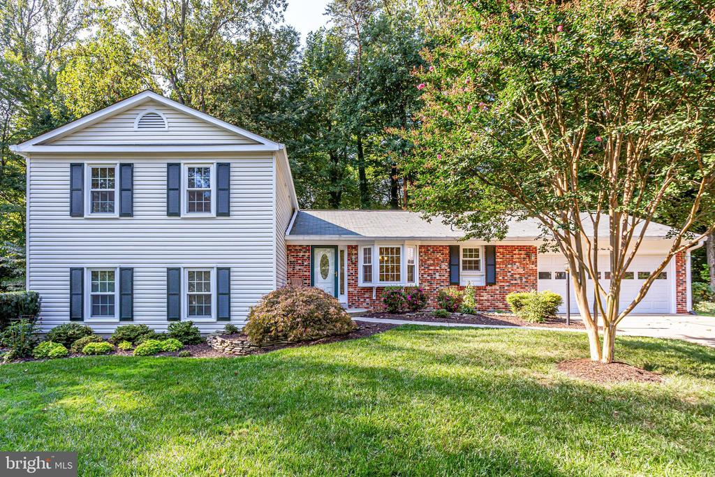 9927  STONE WOOD COURT, Burke, Virginia