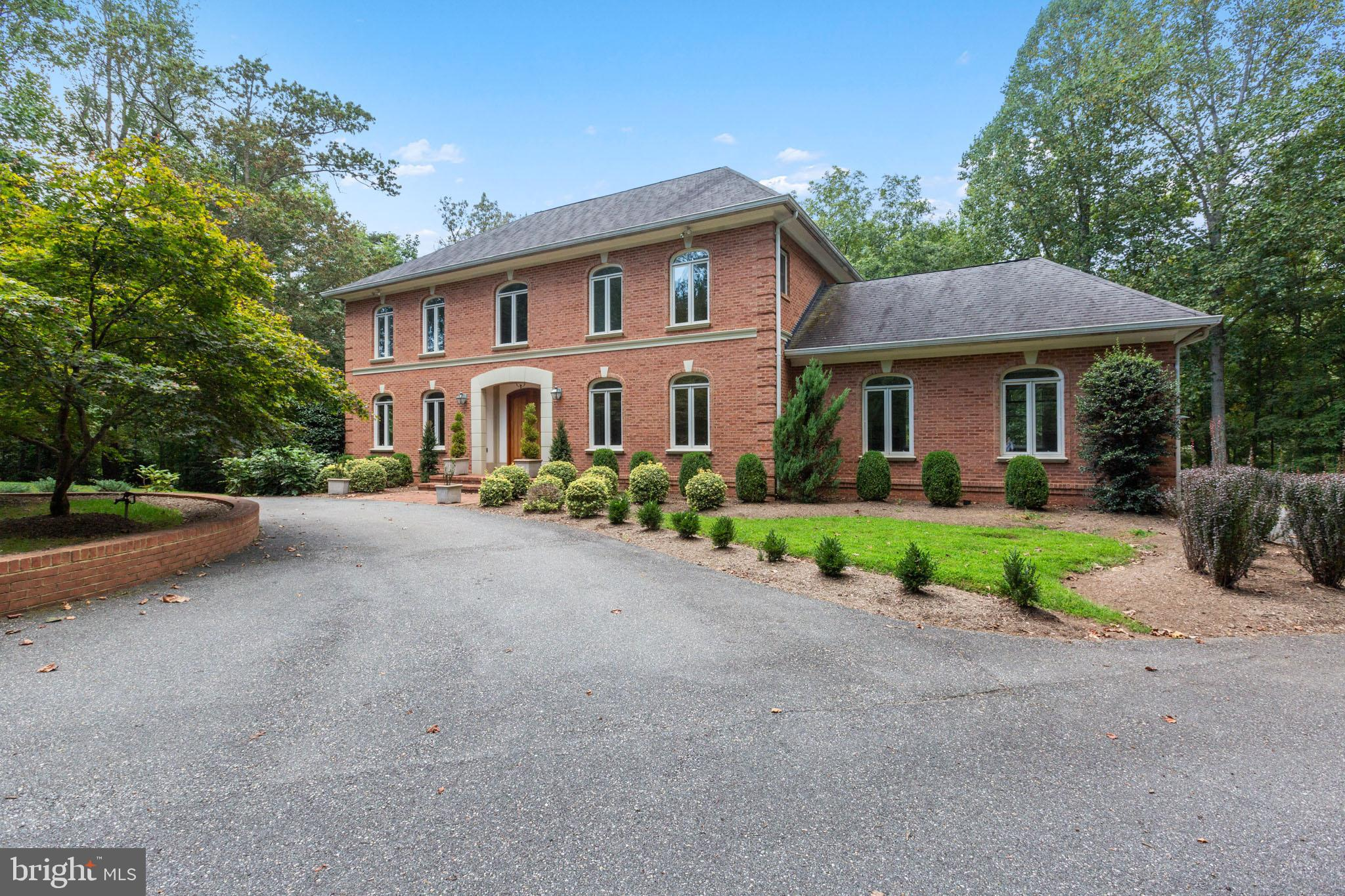 9121 MILL POND VALLEY DRIVE, MCLEAN, VA 22102