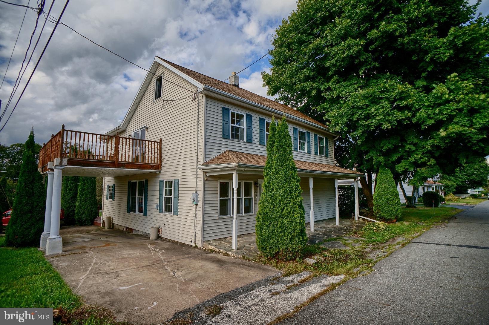 937 SCHWABE STREET, FREELAND, PA 18224