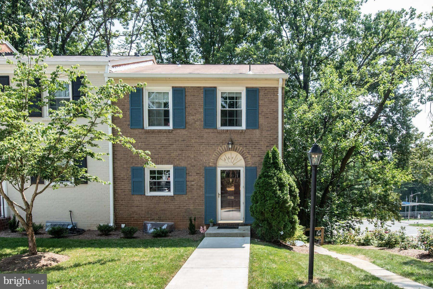 Welcome to your beautiful end unit townhome in the Cardinal Square community of Springfield, Virginia. This home features 3 bedroom and 3 full bathrooms. With hardwood floors in the living and dining rooms, updated kitchen with granite countertops, lovely backsplash and built in breakfast bar, this home is move-in ready!Enjoy barbecues in your spacious backyard oasis. Entertain family and friends on your wonderful patio. On those cold winter nights, gather around the fireplace with a blanket a cup of hot chocolate. The possibilities are endless at Burlington Place. The location is great close to 95/395 the beltway, Metros, Fairfax County Parkway. Plenty of shops and restaurants. All utilities included in the condo fee except electric.