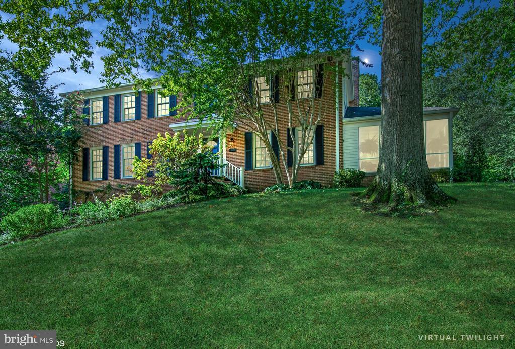 1401  COVENTRY LANE, Alexandria, Virginia
