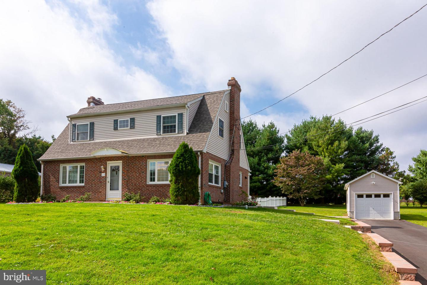 608 Summit Avenue Newtown Square, PA 19073