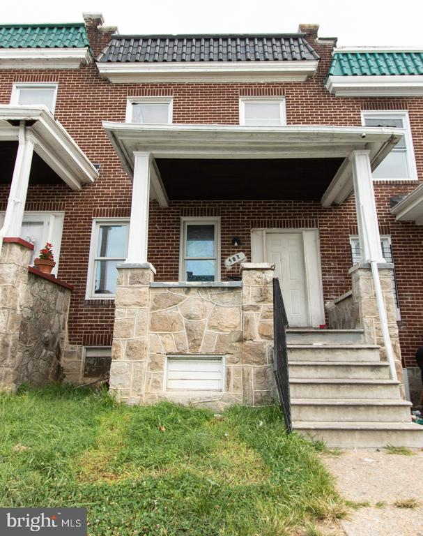 """Five Single Family Investment Properties in the """"Winston Govans and Belair Parkside"""" Areas of Baltimore City. Online Auction Only! Bidding begins Sunday, October 6th and closes Friday, October 11th Beginning at 10:00am. Tenant Occupied Porchfront Brick Townhome in the """"Winston-Govans"""" Area of Baltimore City **Current Scheduled Annual Gross Rent Of $22,800**"""