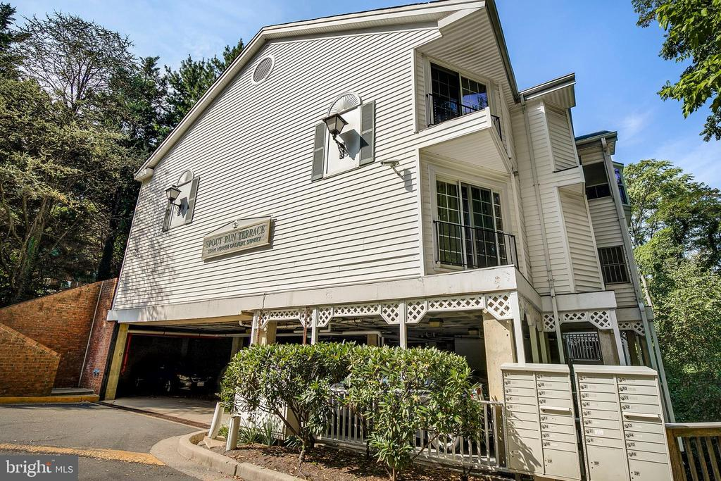 Arlington Homes for Sale -  Price Reduced,  2050 N CALVERT STREET  106