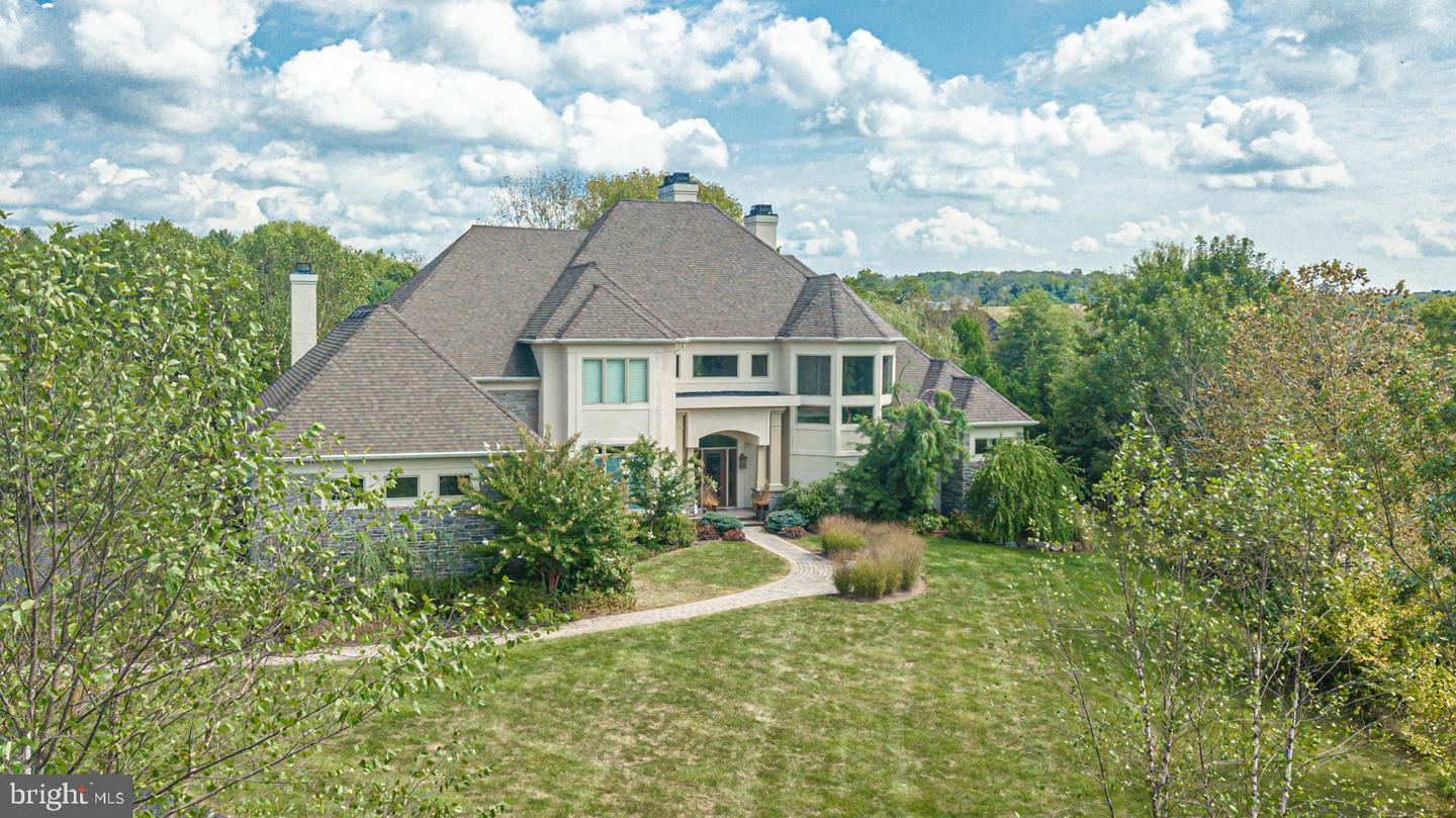 100 PERRY LN, NEWTOWN, PA
