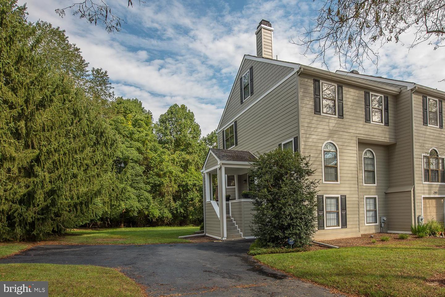 2801 Cornell Court Newtown Square, PA 19073