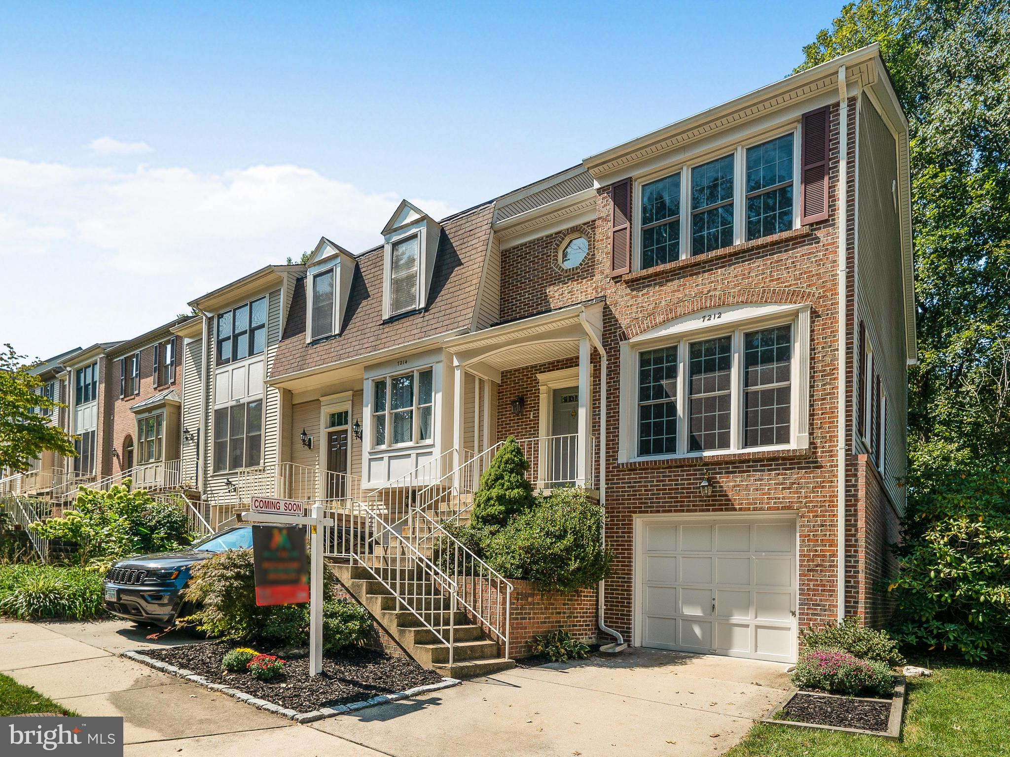 3BR/ 2 Full/2 Half BA end unit townhouse with 1 car garage backing to parkland in Springfield! Beautiful hardwoods on main level and nice carpet on upper level. Huge eat-in kitchen with walkout to deck has granite countertops; center island; stainless steel appliances, including double convection oven. Basement features wood burning fireplace, recessed lighting, half bath, good size utility/laundry room, and extra storage under the steps. The master bedroom features vaulted ceilings, walk-in closet, and private bath with soaking tub, shower, and double vanity! 1 car garage has a new painted floor and surprising shelf storage on the left wall! The freshly powerwashed and painted deck backs to tress and has steps for added convenience - perfect for entertaining. Hunt Valley/Irving/West Springfield pyramid. Across the street from commuter lot. Minutes to all transportation, including Metro, VRE, 95/395/495 and the FFX Co Parkway.