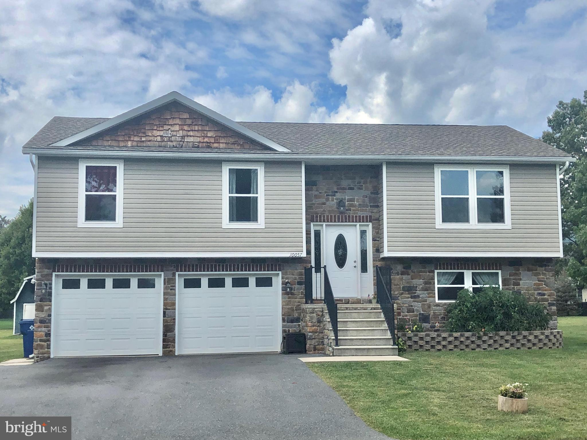 10057 BLUE JAY CIRCLE, ORRSTOWN, PA 17244