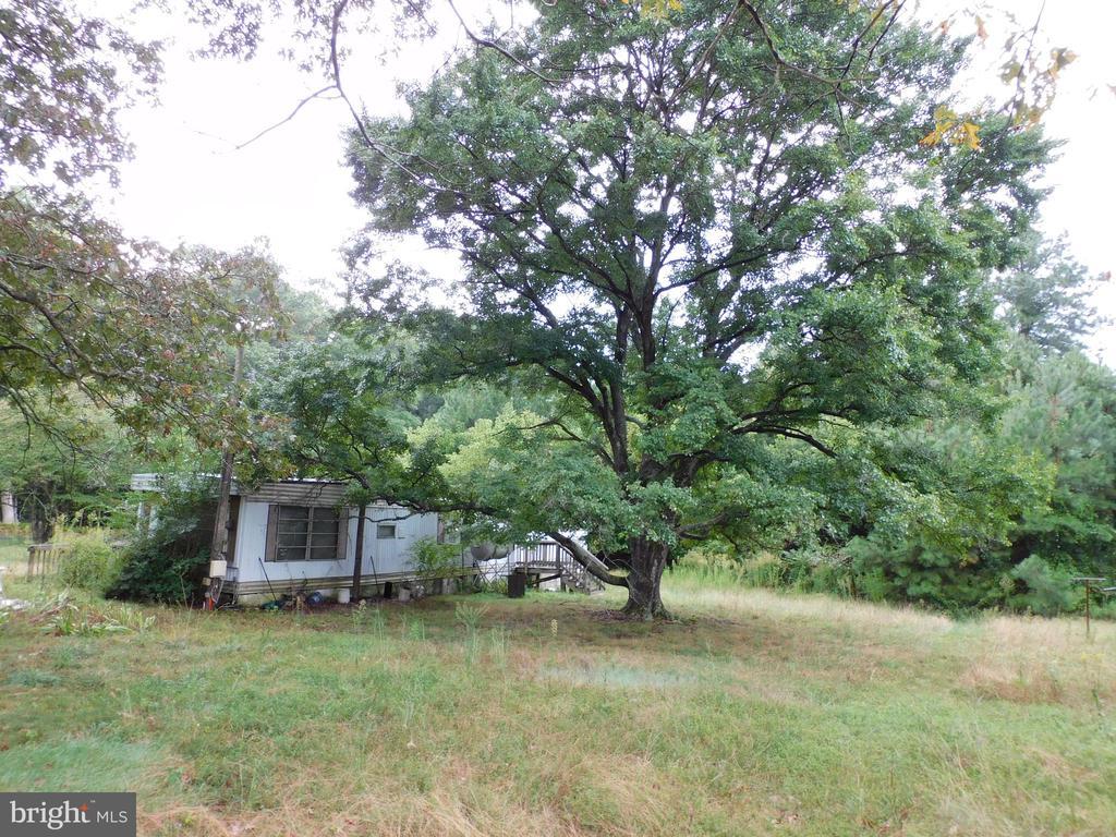 318 HOLLYWOOD FARM ROAD, FREDERICKSBURG, VA 22405