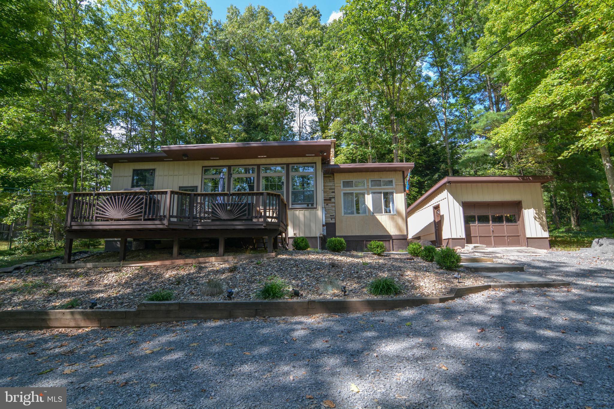Deep Creek Lake, Real Estate on
