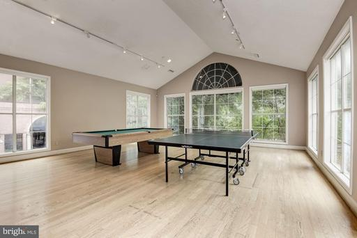 1504 Lincoln Way #308, McLean 22102