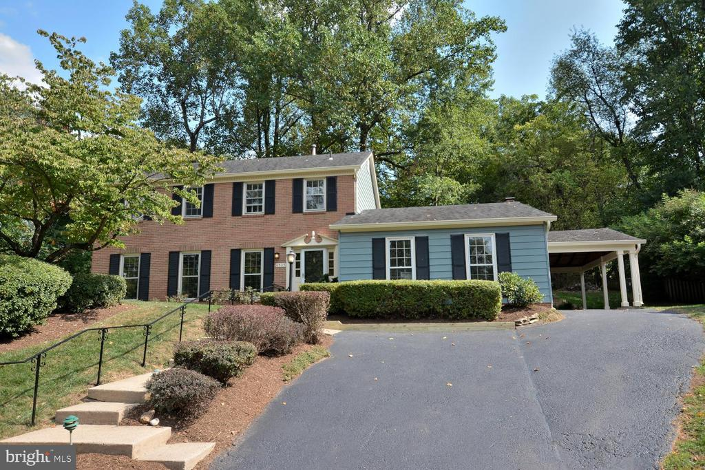 6525  TRUMAN LANE, Falls Church, Virginia