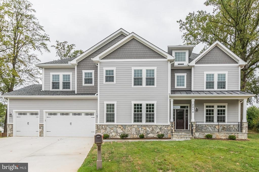 2010 Kilgore Rd, Falls Church, VA 22043