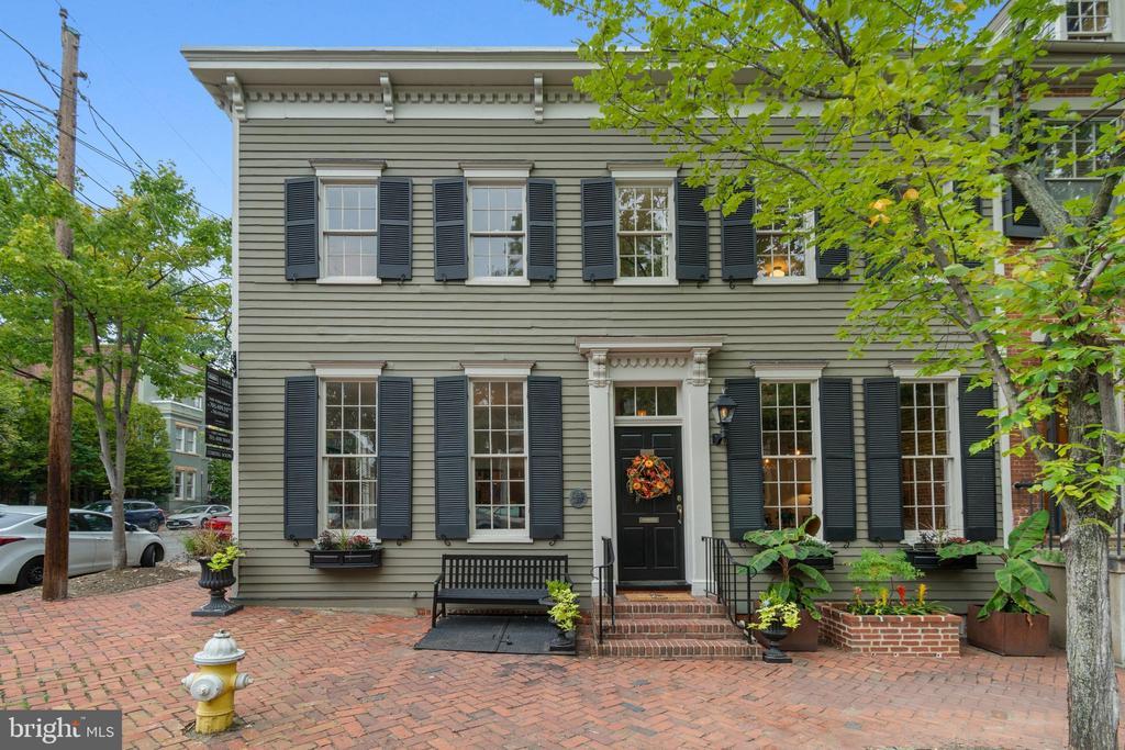 Alexandria Homes for Sale -  Waterfront,  523  DUKE STREET