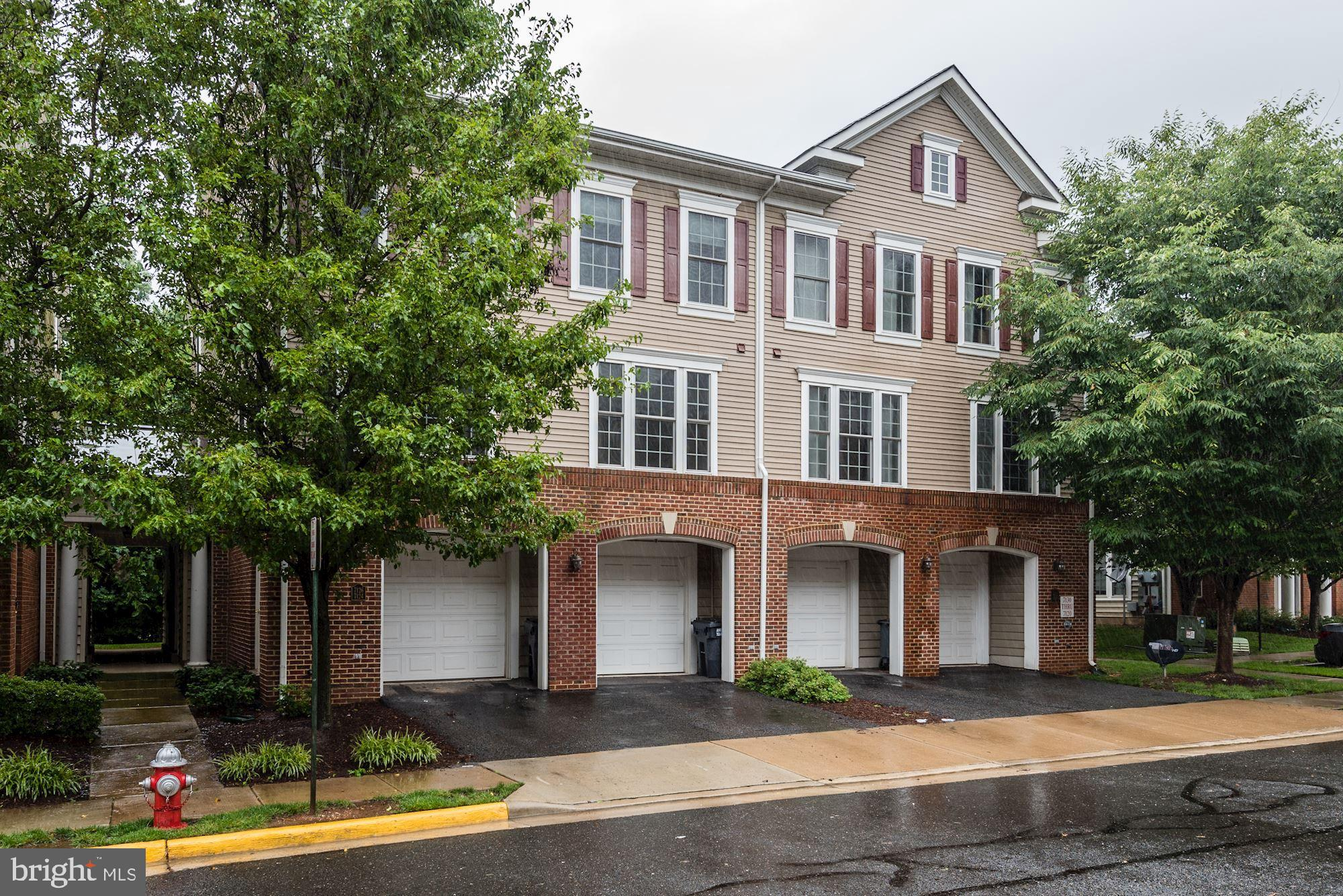Don't miss this lovely townhouse. Freshly painted. Featuring hardwood floor throughout main level. 9ft ceilings. Granite countertops with stainless steel appliances. 1 car garage. Huge master suite with walk-in closet. Commuter's dream conveniently located near Route 1, 495, Old Town Alexandria, and National Harbor.