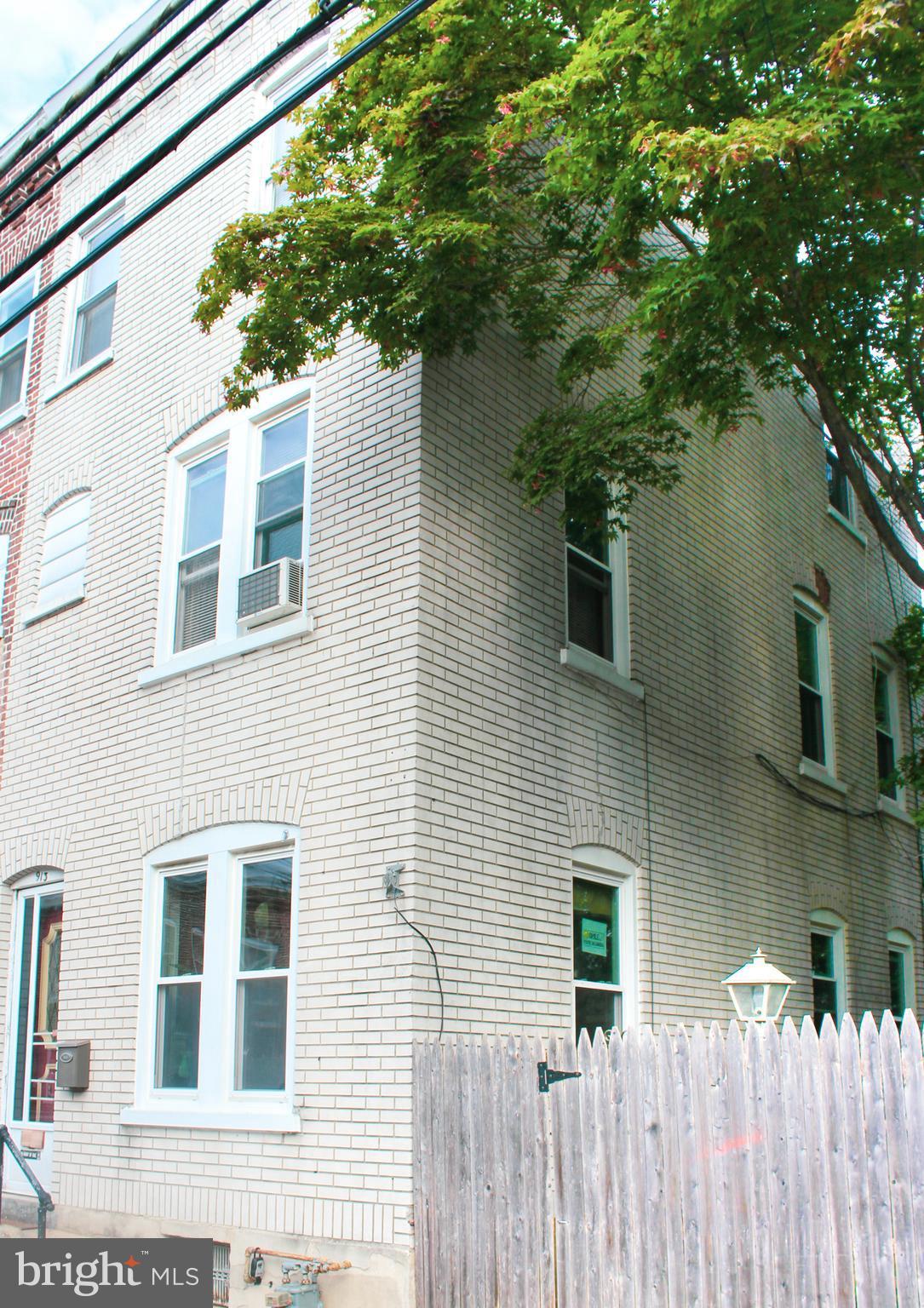 913 GREEN STREET W, ALLENTOWN, PA 18102