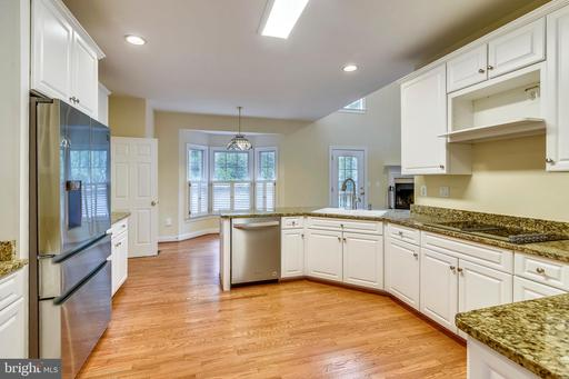 7816 Pohick Rd, Springfield 22153