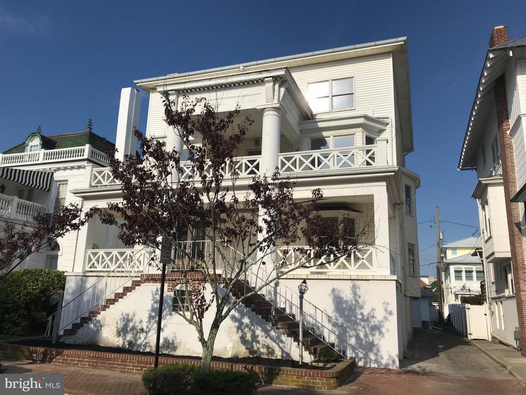 103 S CORNWALL AVENUE, VENTNOR CITY in ATLANTIC County, NJ 08406 Home for Sale