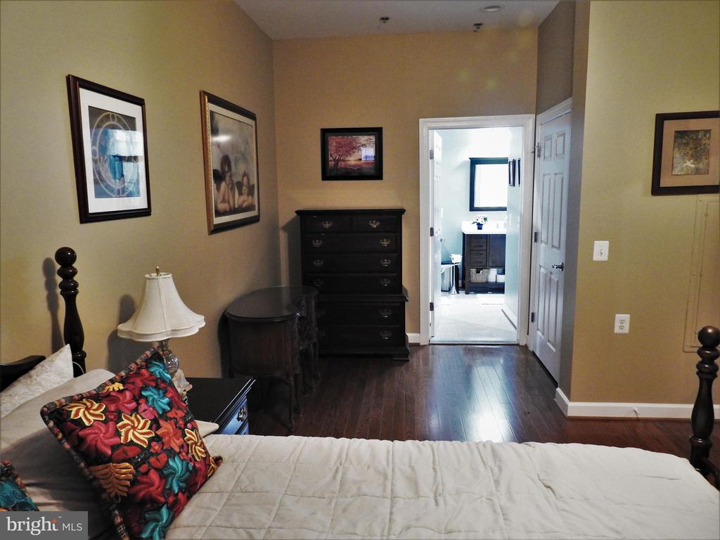 Photo of 830 Belmont Bay Dr #203