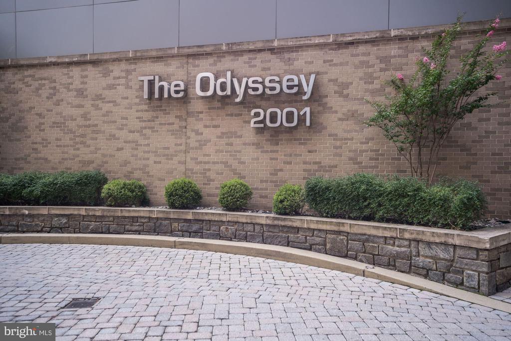 2001  15TH STREET N 1011, Arlington, Virginia