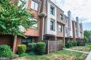 1697 Kenwood Ave #C