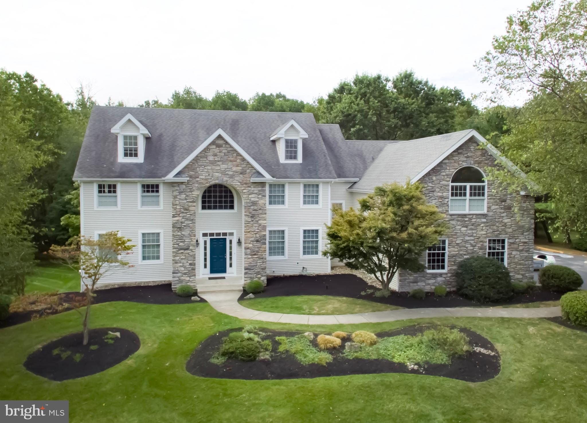 2105 COUNTRY VIEW LANE, LANSDALE, PA 19446