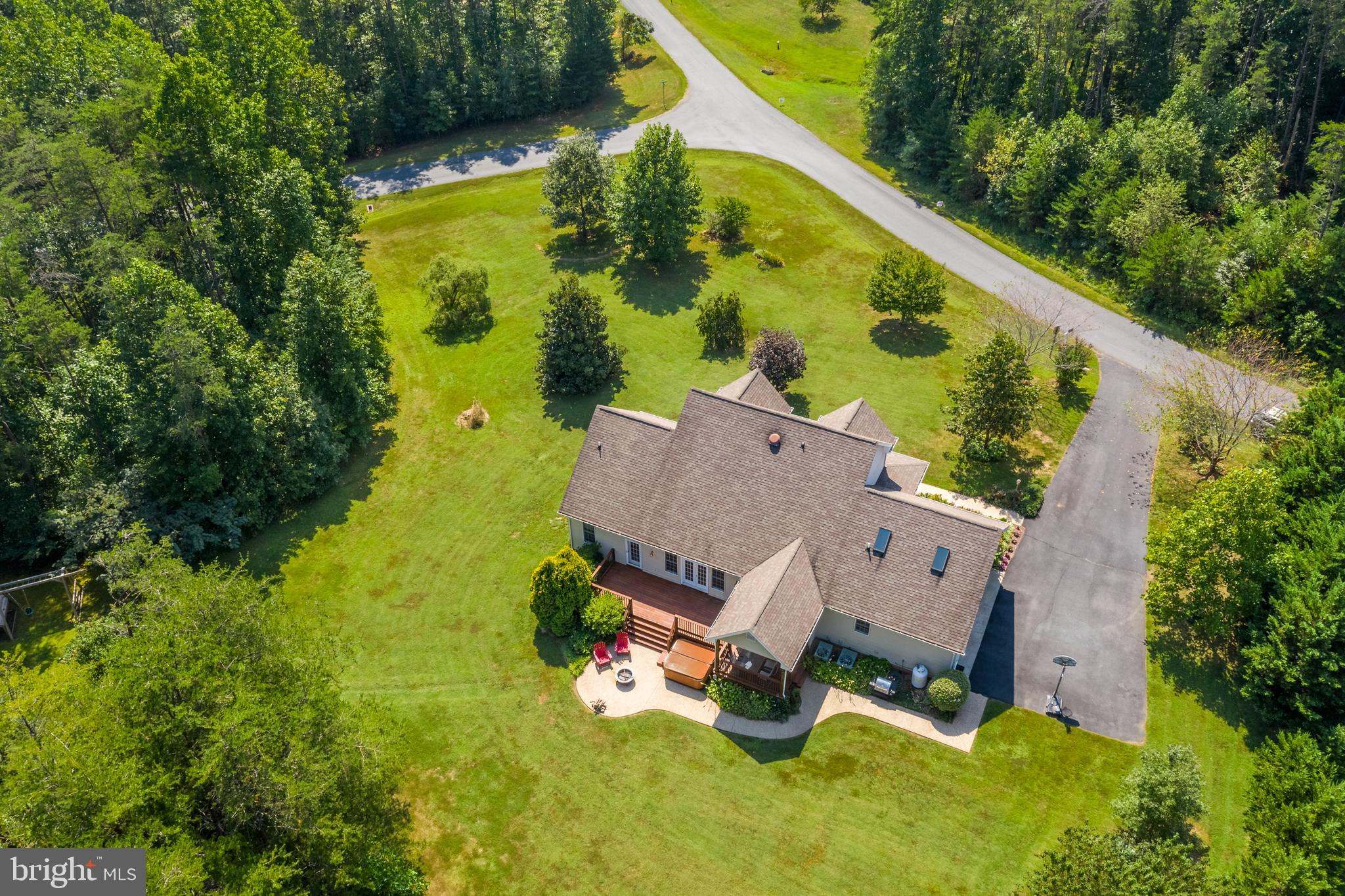 308 MOUNTAINSIDE DRIVE, STANARDSVILLE, VA 22973