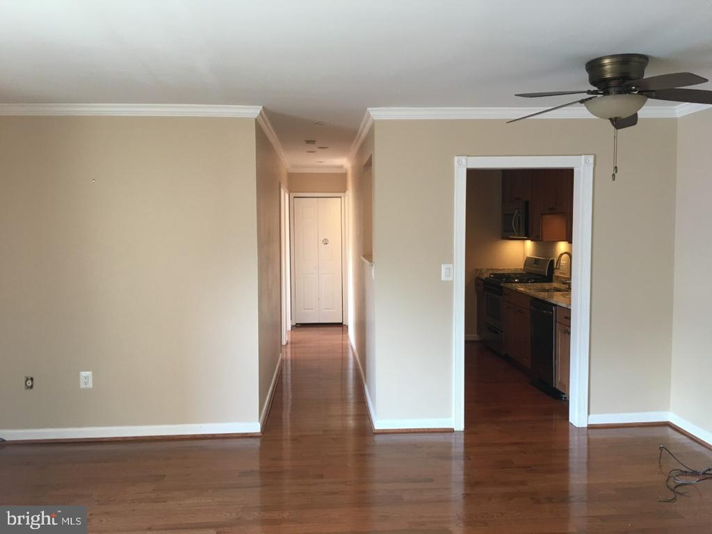 Photo of 10721 West Dr #303