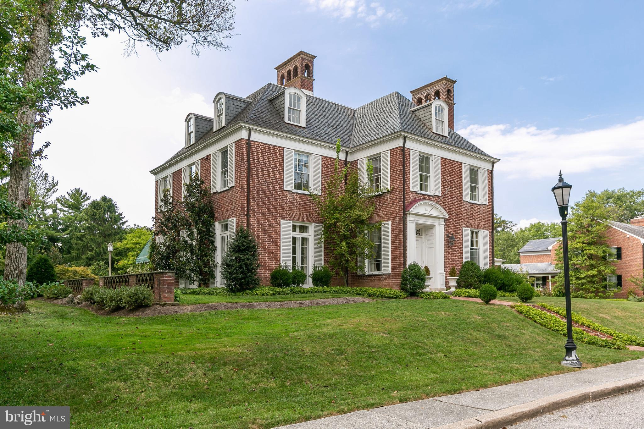 200 CHURCHWARDENS ROAD, BALTIMORE, MD 21212