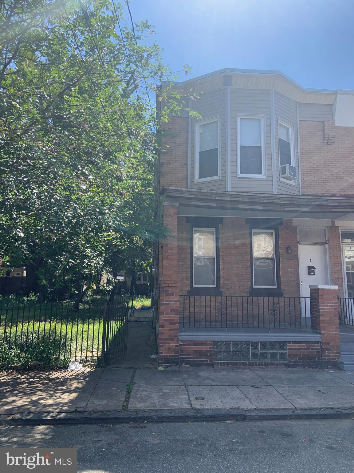 1218 WHITMAN AVENUE, CAMDEN, NJ 08104
